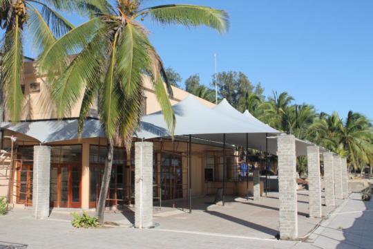 17 CUSTOM STRETCH TENT HOTEL RENOVATION PEMBA MOZAMBIQUE GRAY